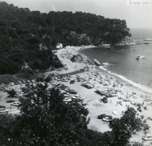 Fotografia de la platja de Canyelles el 1978. Imatge cedida per l'Arxiu de Lloret de Mar.